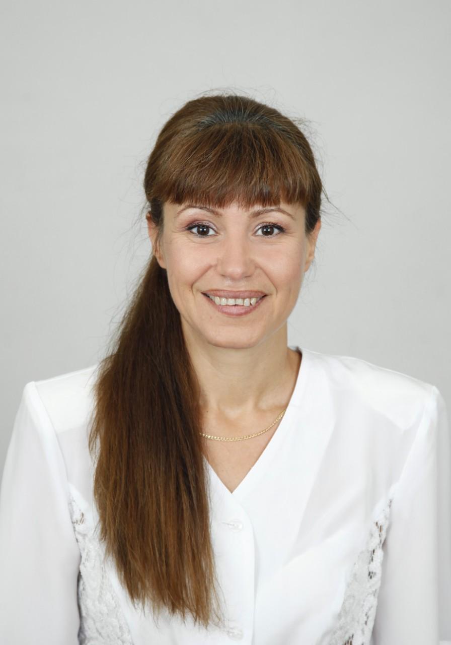 Даниела Панчева - Брокер
