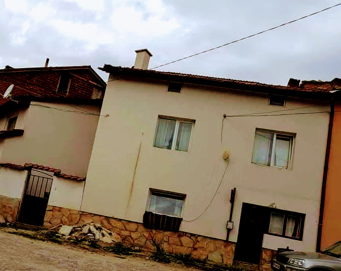 Къща в град Батак