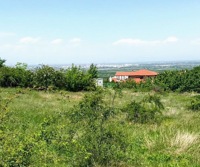 Парцел в село Брестник