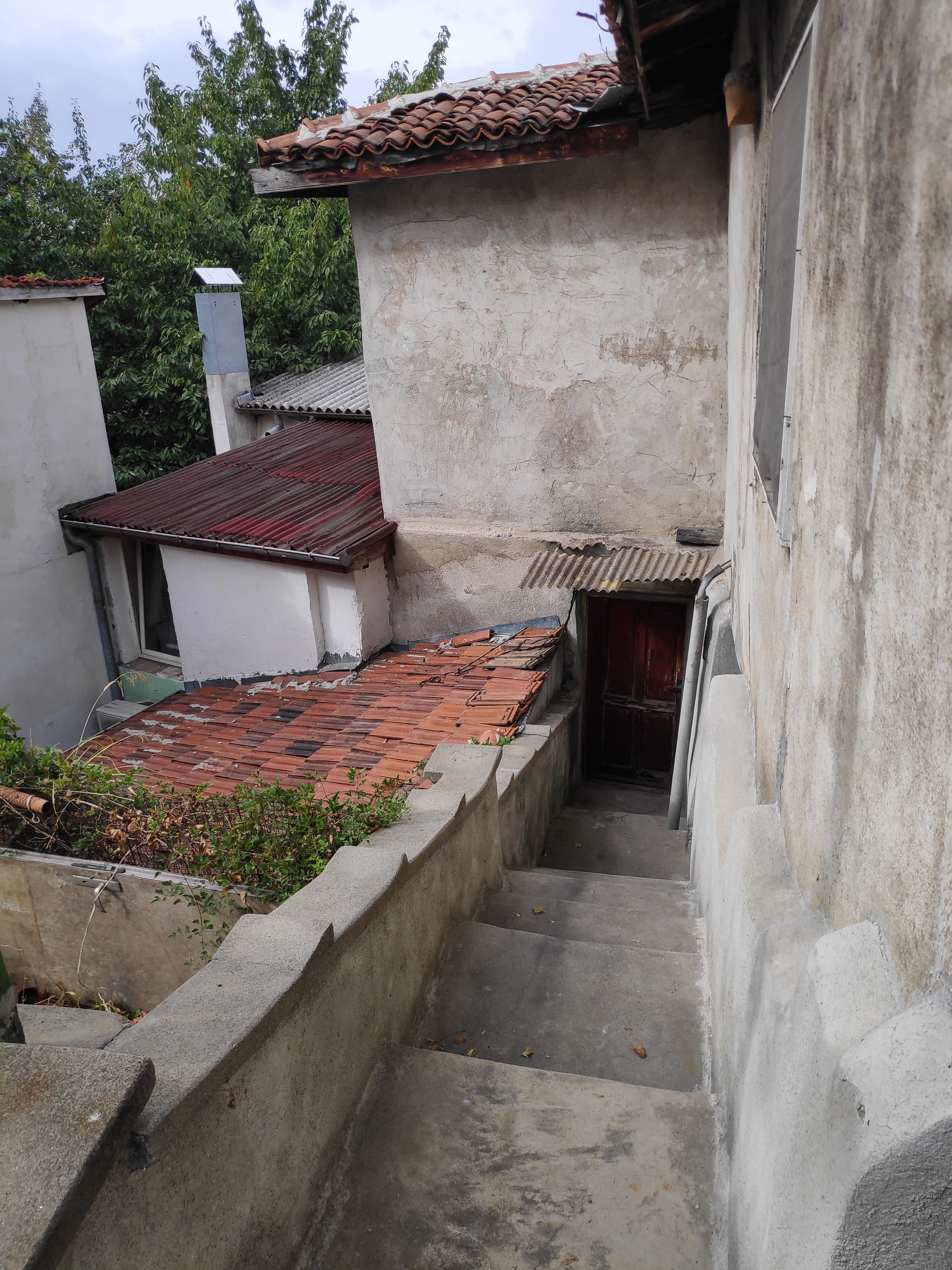 Къща на 2 етажа в Стария град